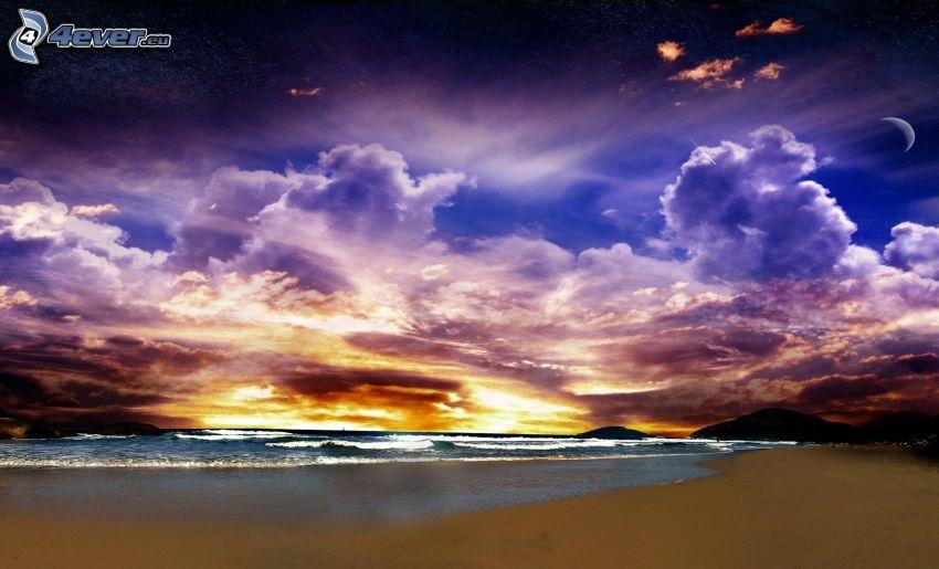 západ slnka za morom, piesočná pláž, oblaky, mesiac
