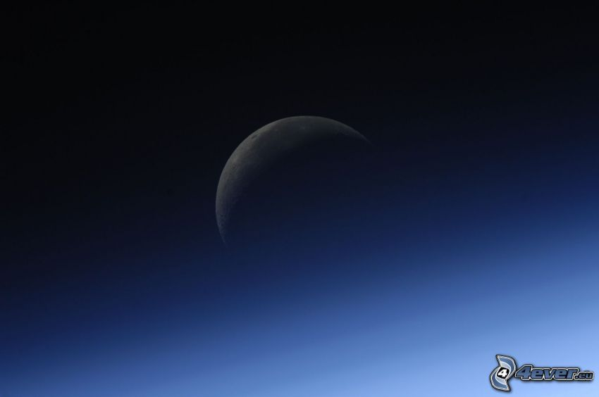 mesiac, atmosféra