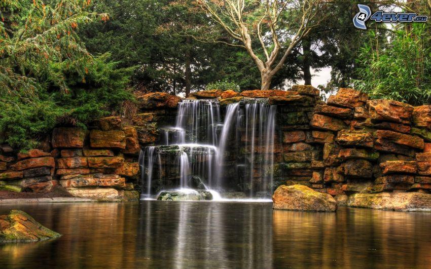 vodopády, skaly, jazero, stromy