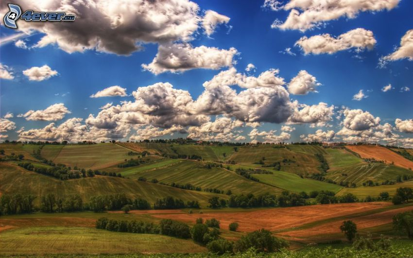 výhľad na krajinu, polia, oblaky, HDR