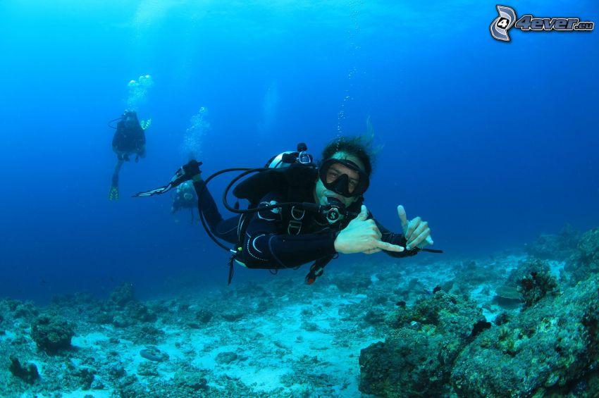 potápači, morské dno