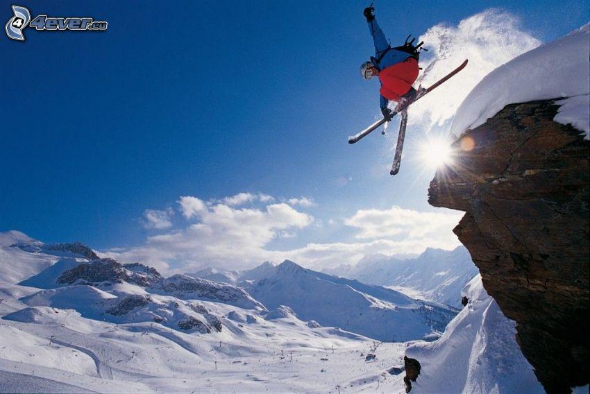 extrémne lyžovanie, skok na lyžiach, sneh, slnko, zasnežené kopce