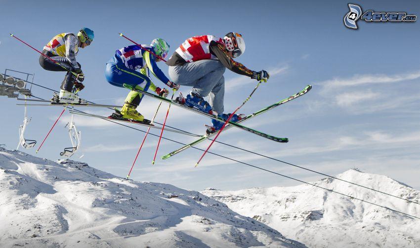 extrémne lyžovanie, skok na lyžiach, zasnežené hory