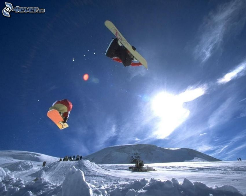 snowboardový skok, snowboardisti, rampa, ratrak, adrenalín