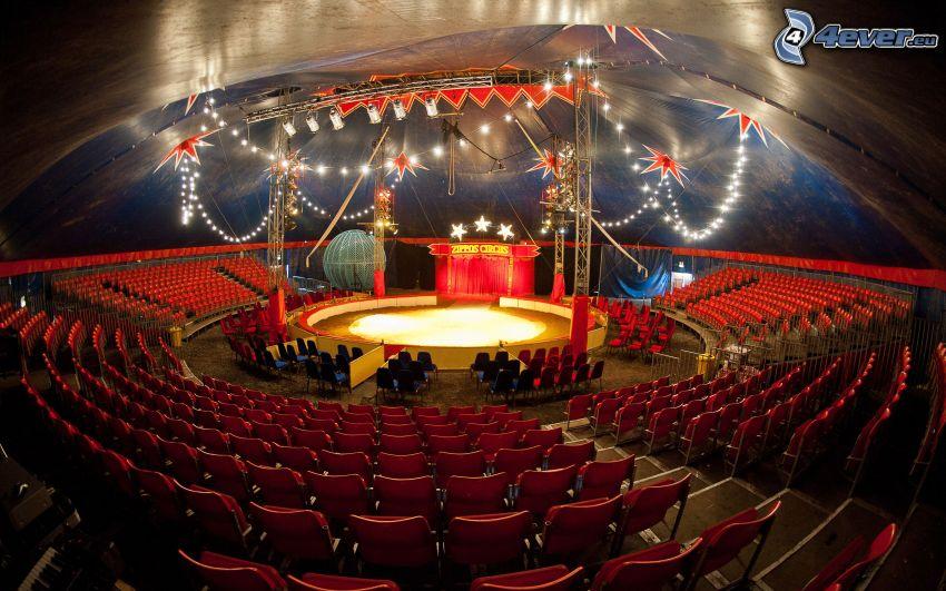 cirkus, stoličky