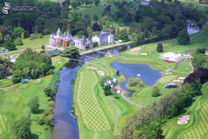 Adare Manor, hotel, park, golfové ihrisko, rieka