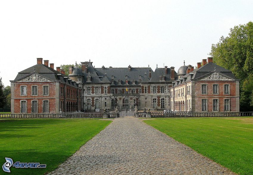 Château de Belœil, chodník