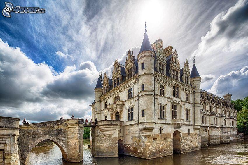 Château de Chenonceau, oblaky, HDR