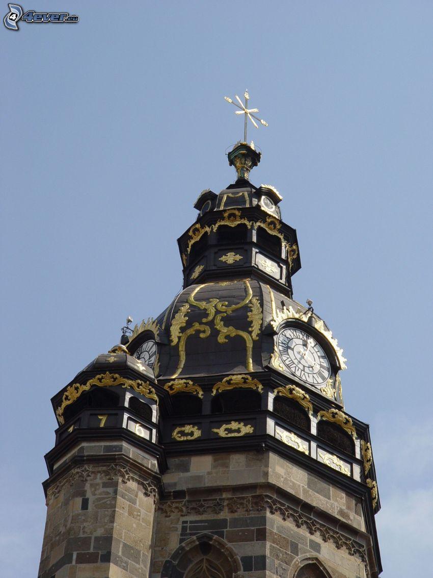 Dóm svätej Alžbety, veža