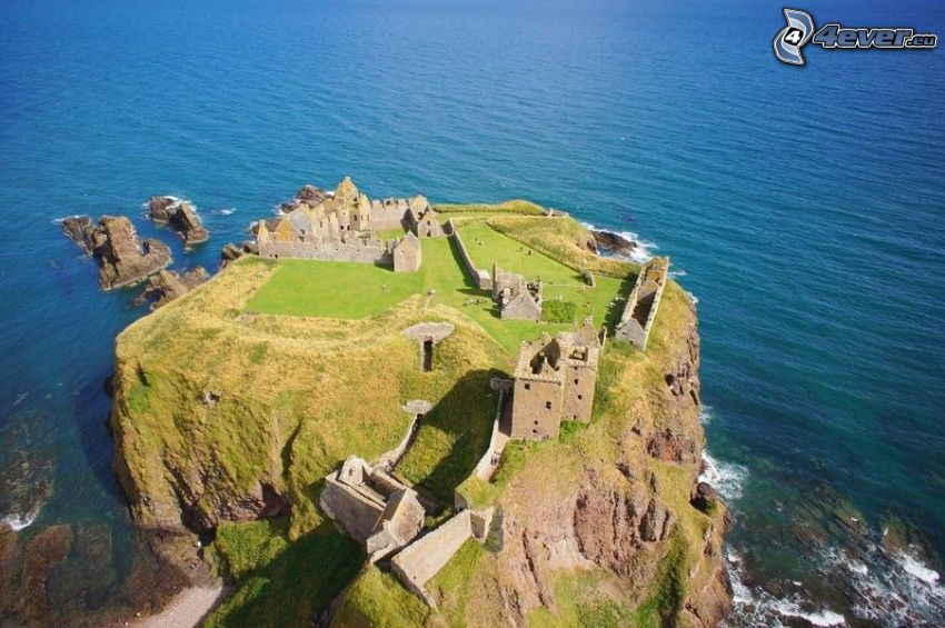Dunnottar, more