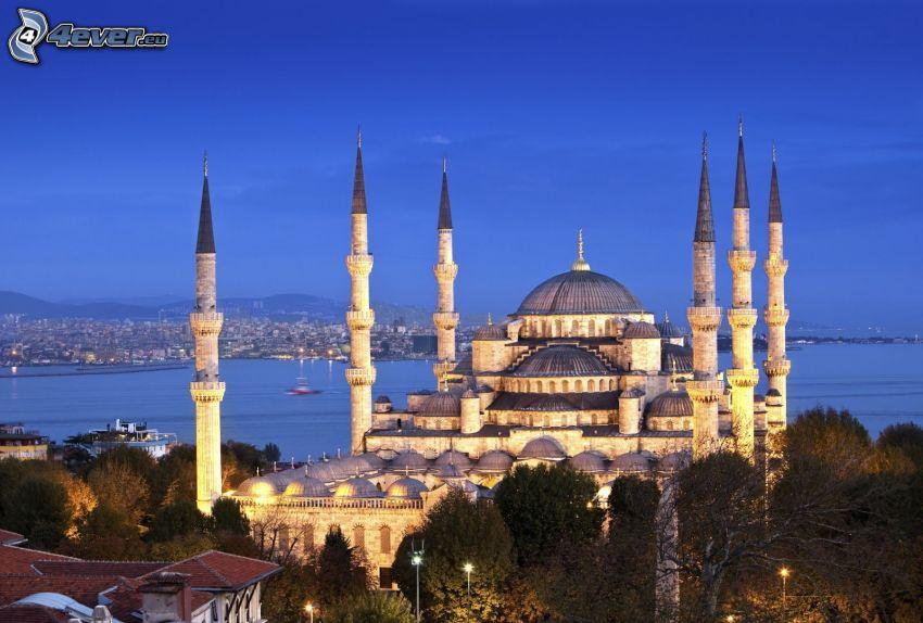 Modrá mešita, Istanbul, večerné mesto