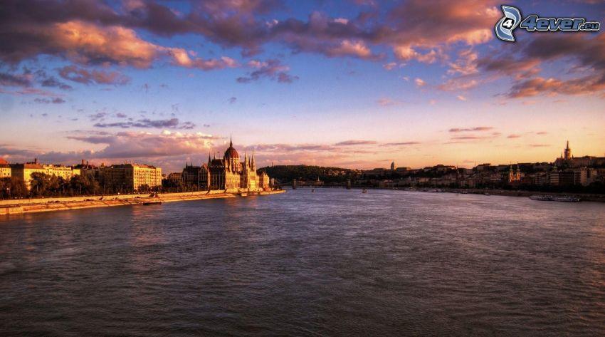 Budapešť, večer