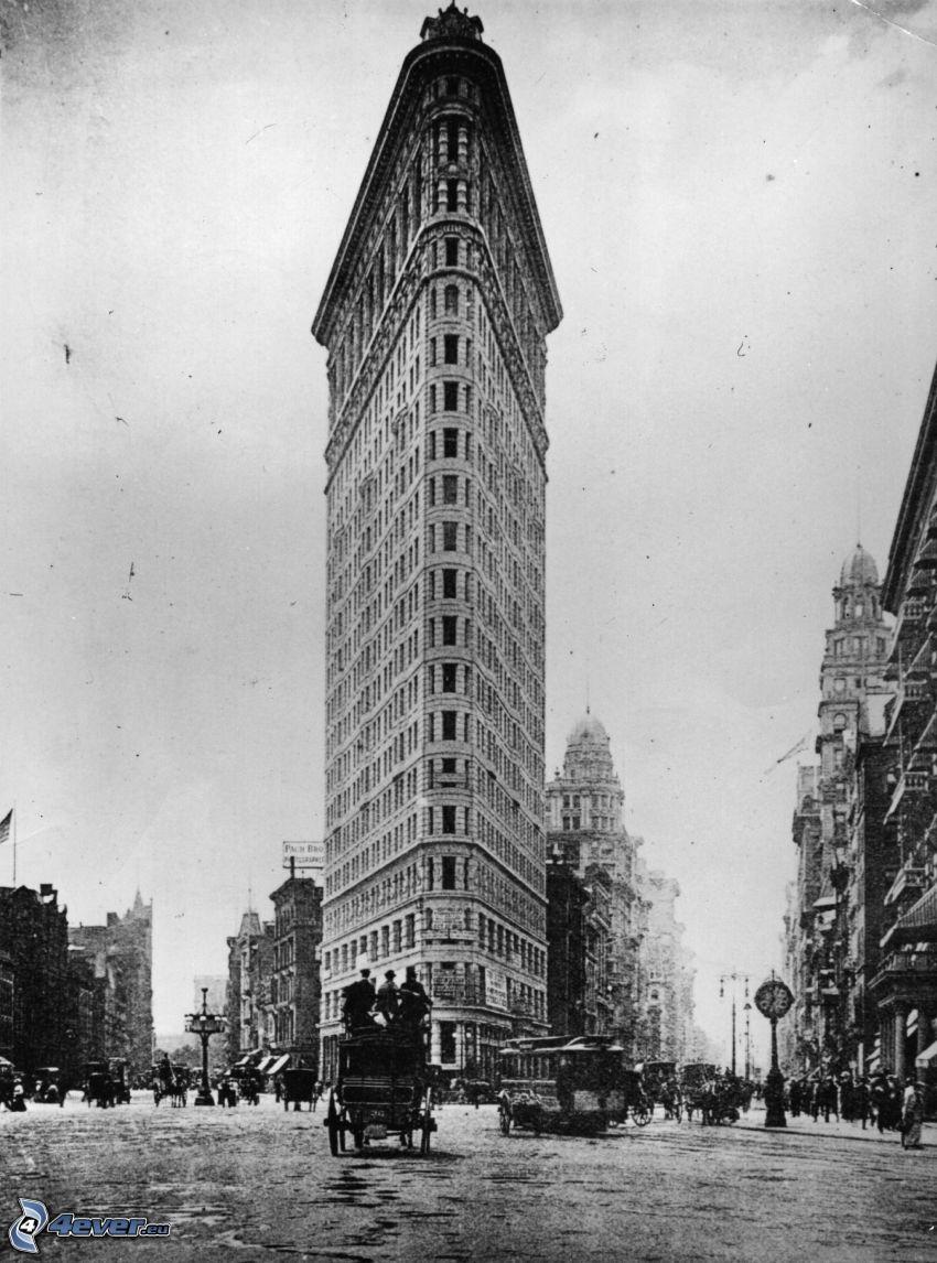 Flatiron, Manhattan, ulice, koč, čiernobiela fotka, stará fotografia