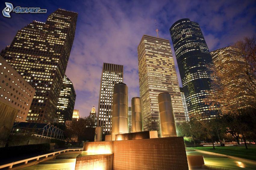 Houston, mrakodrapy, nočné mesto