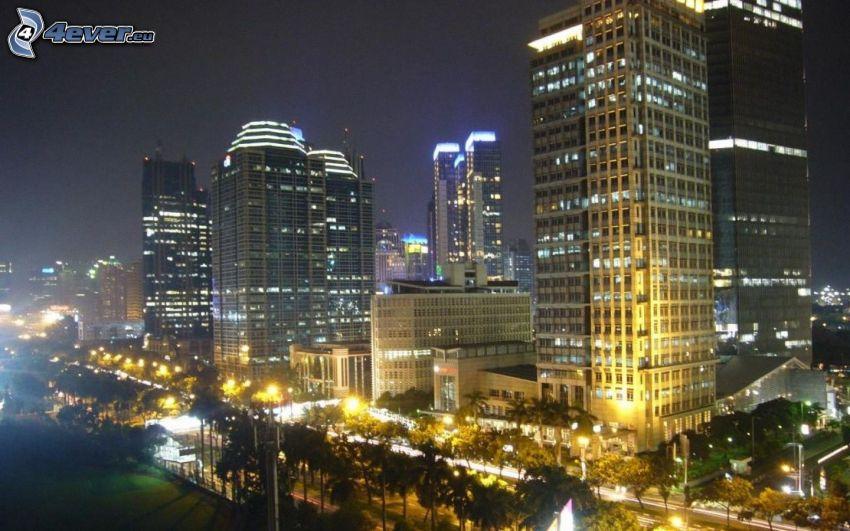 Jakarta, nočné mesto, mrakodrapy