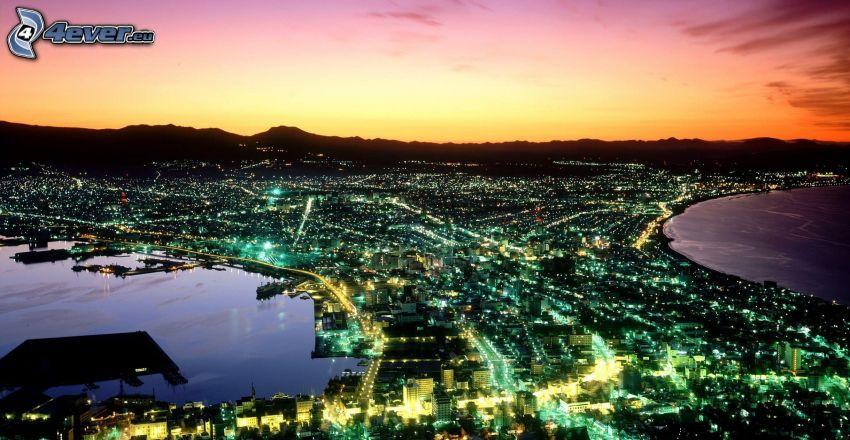 Japonsko, výhľad na mesto, východ slnka, svetlá