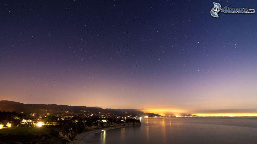 Los Angeles, pobrežie v noci, more, nočná obloha, hviezdna obloha