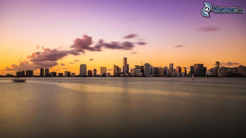 Miami, po západe slnka