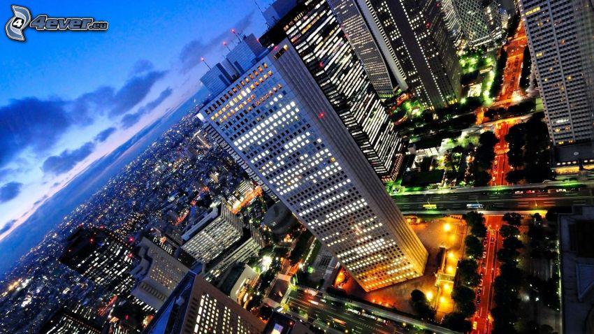 mrakodrapy, večer