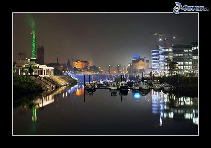 prístav, člny, budovy, mesto, večer, osvetlenie