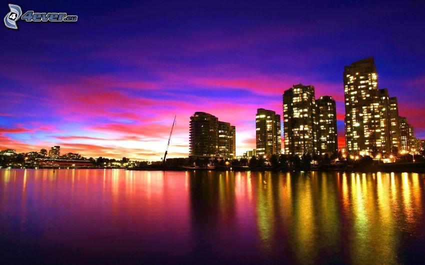 Vancouver, nočné mesto, mrakodrapy, večerná obloha