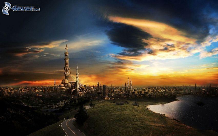 večerné mesto, kostolná veža, rieka, cesta