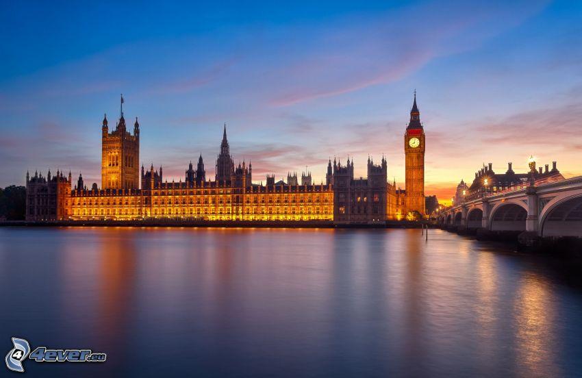 Westminsterský palác, Big Ben, Anglicko, večer