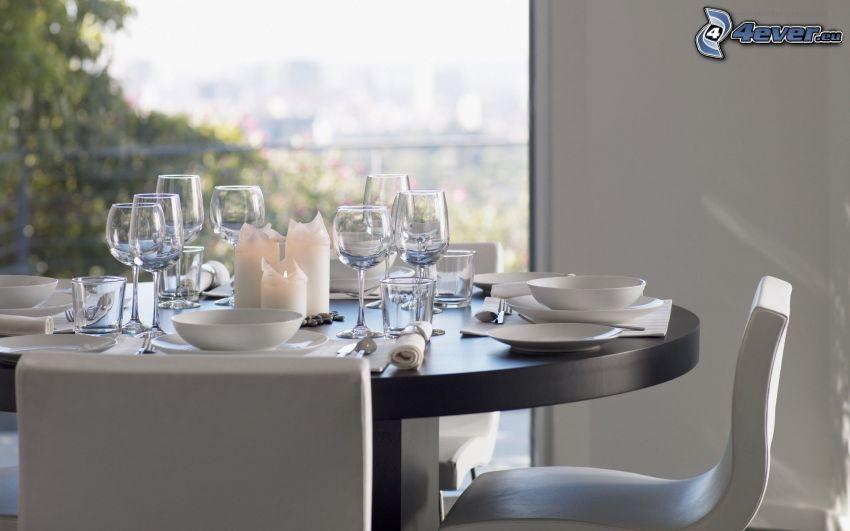 kuchyňa, prestretý stôl