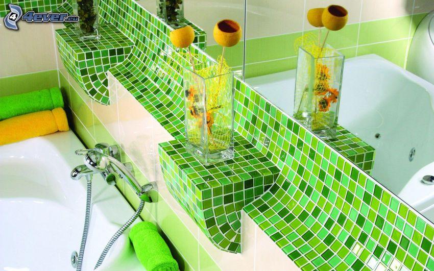 kúpeľňa, vaňa, váza, zelené obkladačky, zrkadlo