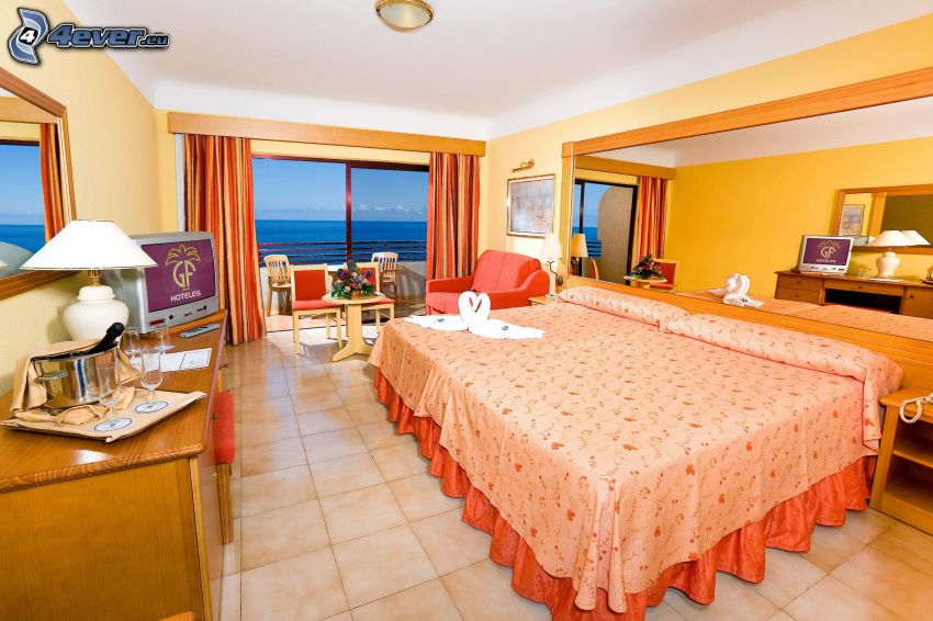 spálňa, manželská posteľ, výhľad na more