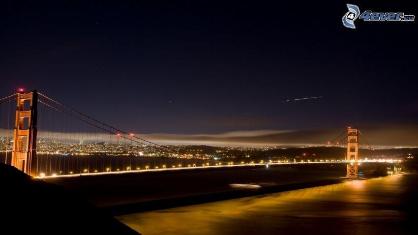 Golden Gate, osvetlený most