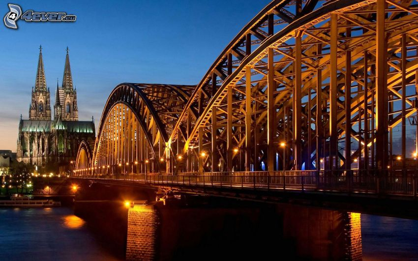 Hohenzollern Bridge, Kolín nad Rýnom, Nemecko, HDR
