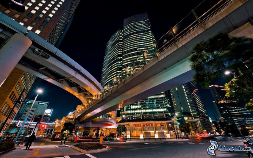 mosty, večerné mesto