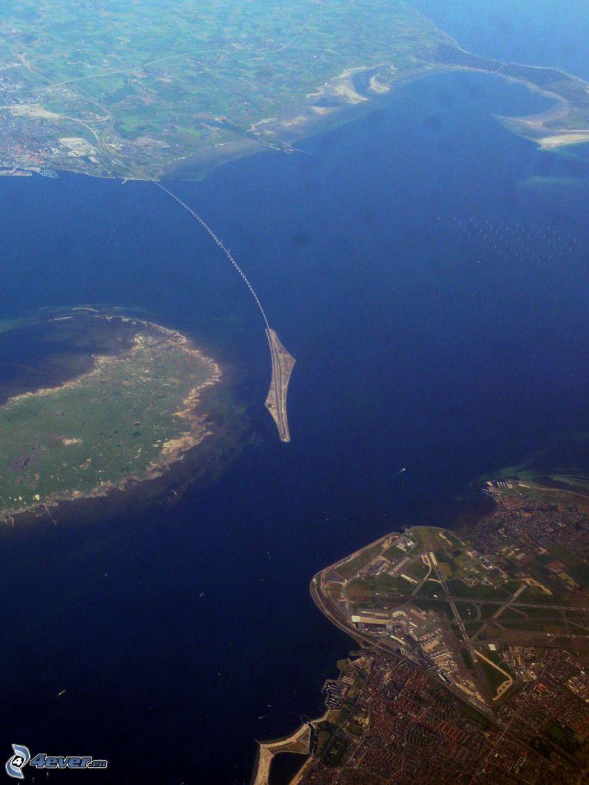 Øresund Bridge, ostrovy, more