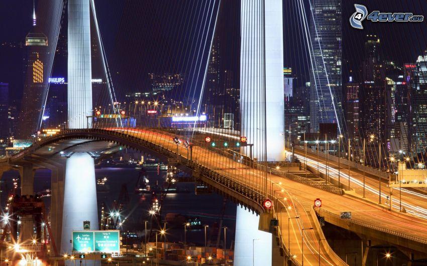 osvetlený most