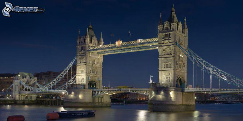 Tower Bridge, osvetlený most, lode, Temža, noc