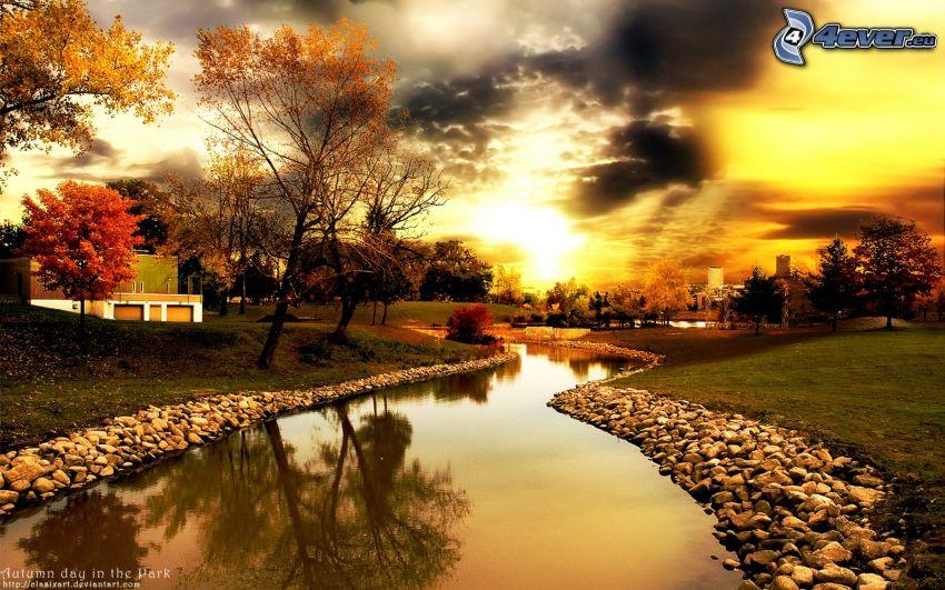 jesenný park, potok, park pri západe slnka