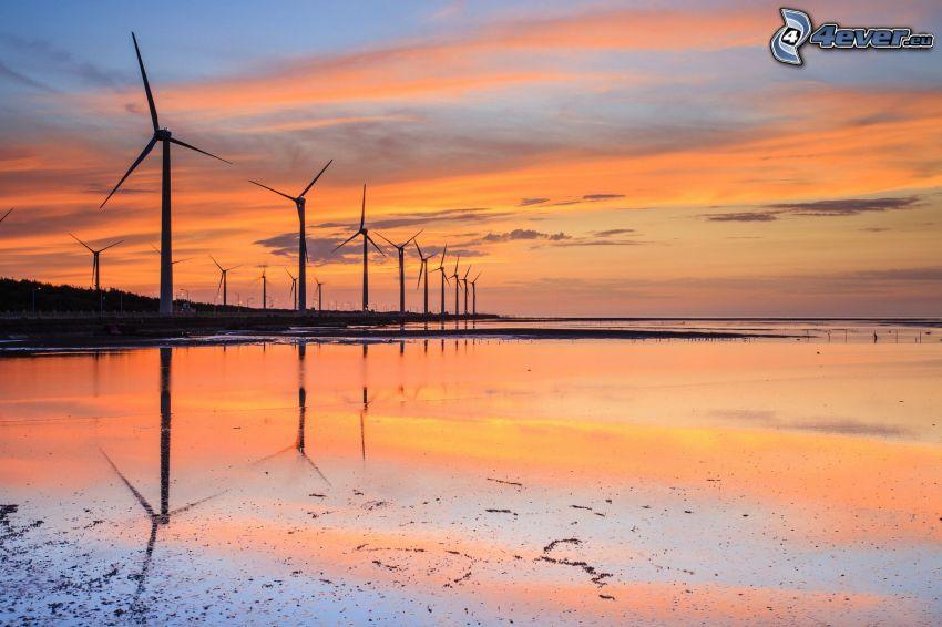 veterné elektrárne, západ slnka