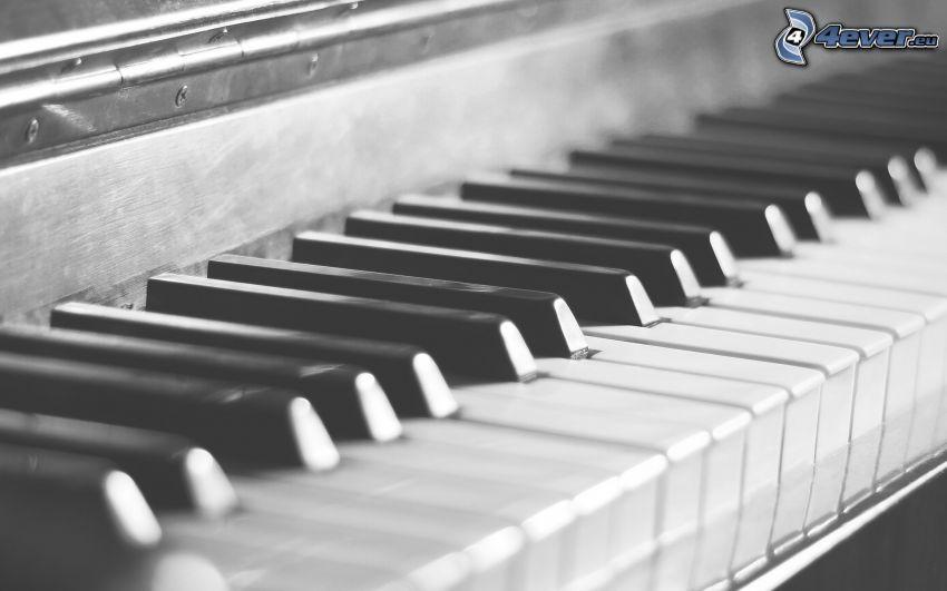 klavír, čiernobiela fotka