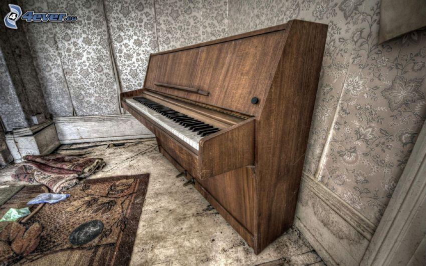 klavír, stará budova, HDR