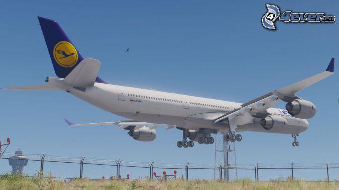 Airbus A340, landing