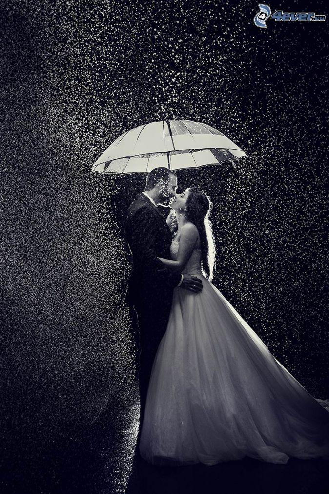 couple in the rain, wedding couple, umbrella, black and white photo