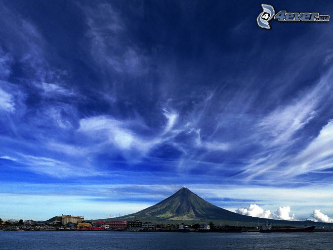 Mount Mayon, Philippines, clouds, sea