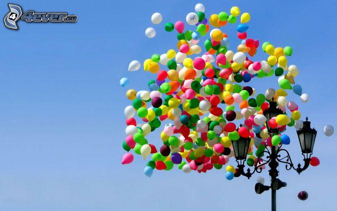 balloons, street lights