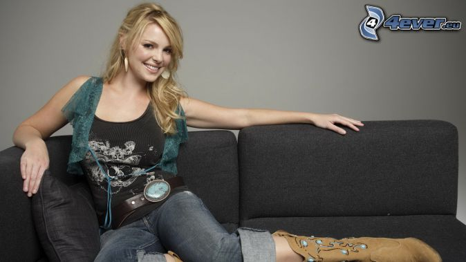 Arielle Kebbel, smile, woman on couch