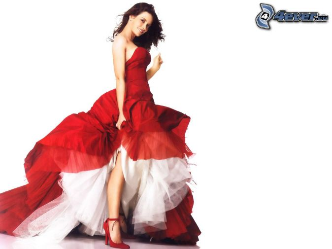 Evangeline Lilly, red dress
