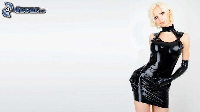 фото блондинок в латексе