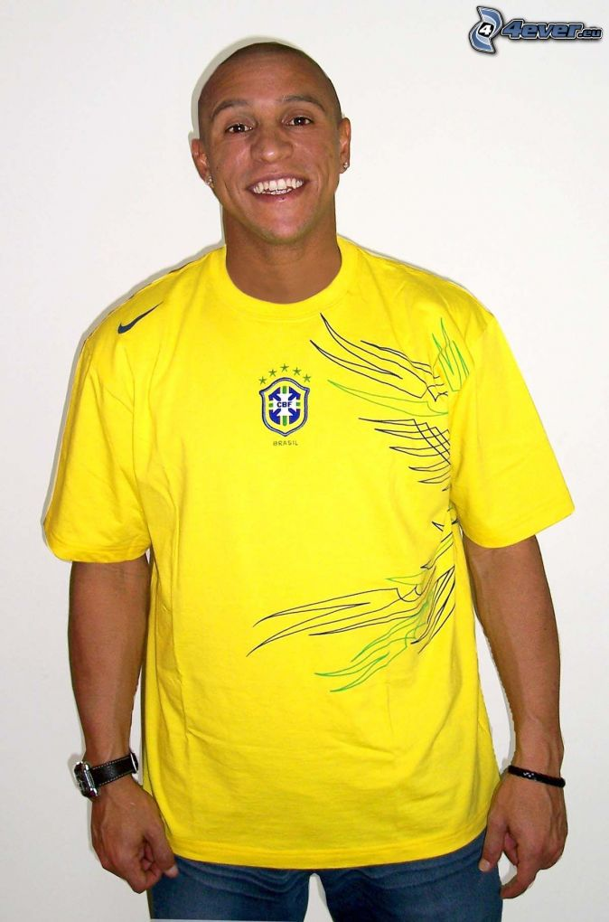 Roberto Carlos Best Free Kick Takers In Football  Soccer