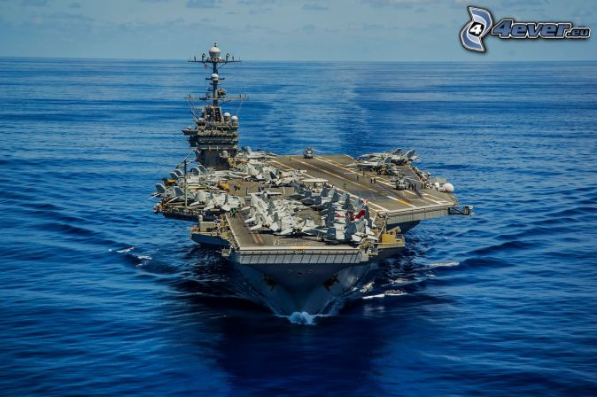 USS George Washington, aircraft carrier, open sea
