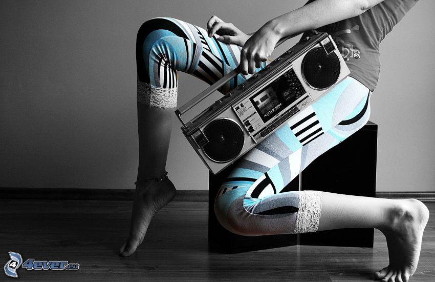 radio, legs